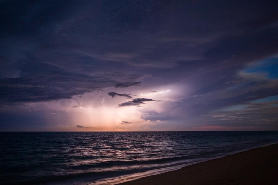lightning-1745-Edit